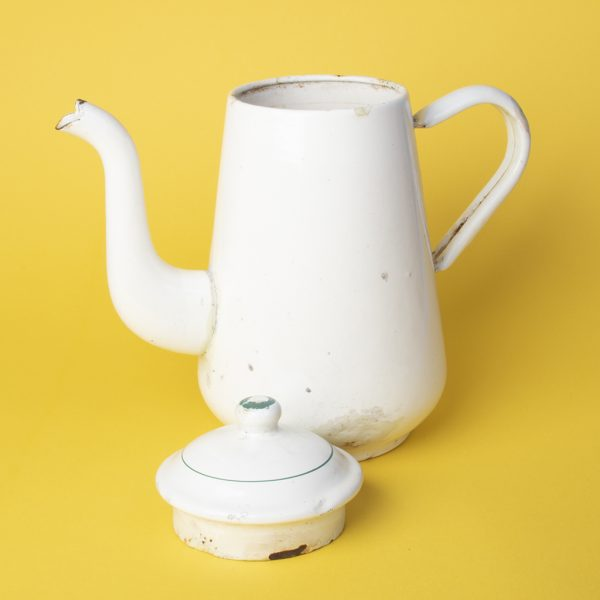 Retro vintage emaille theepot